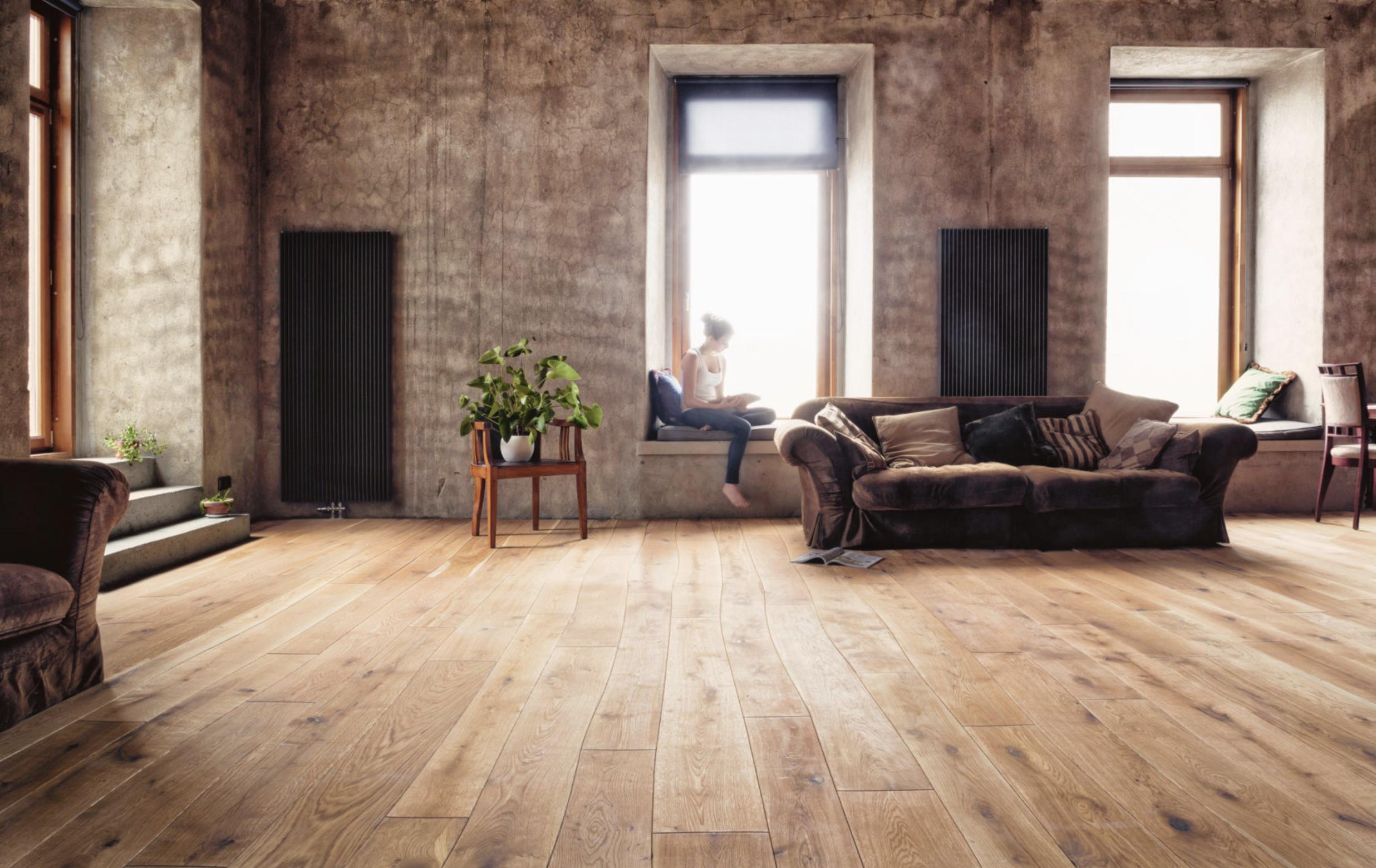 Siempre un piso adelante.  Fine Floors: 100 años de amor por la madera.